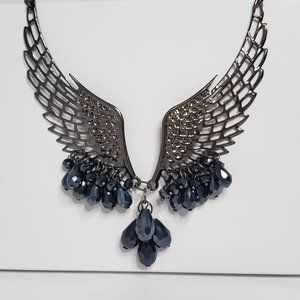 Jewelry - *LIKE NEW!* Angel Wing Collar Necklace